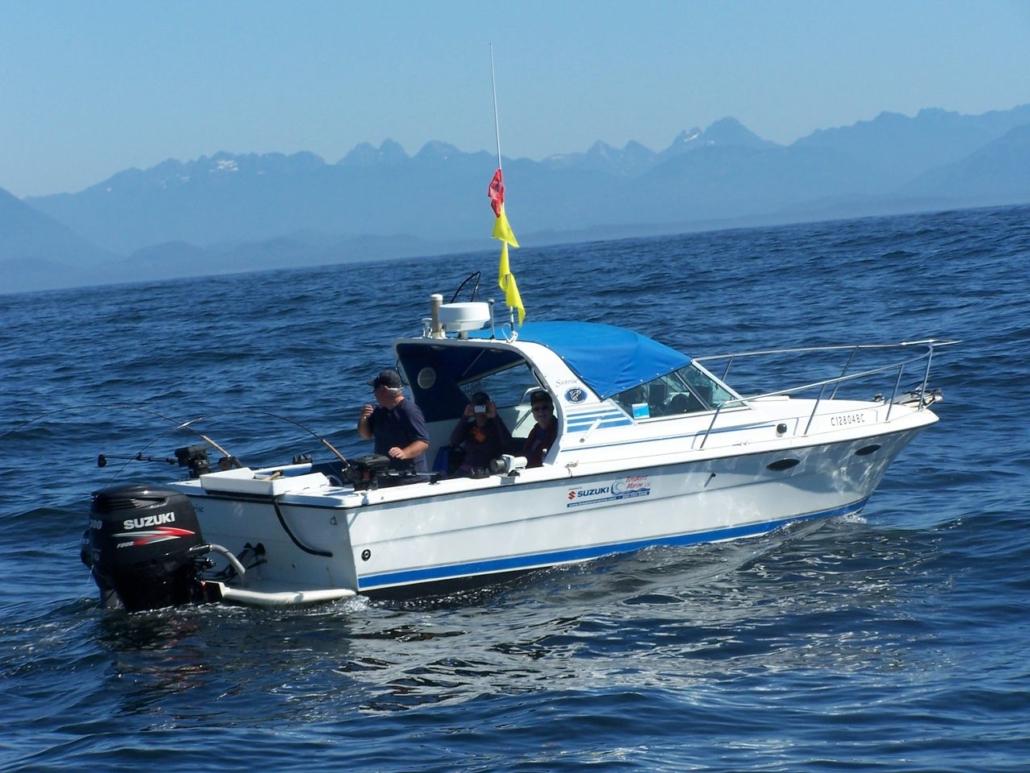 Dans boat in derby